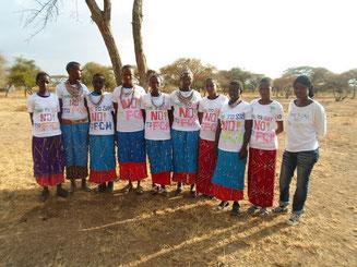 Les 9 jeunes filles aidées par Terres de Couleurs
