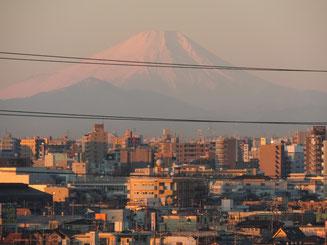 埼玉から見た元旦の富士山