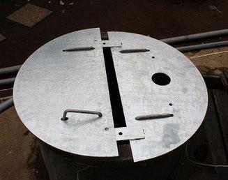 井戸蓋 半月状