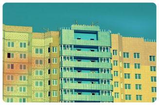 Hochhaus Fassade als Sinnbild für bezahlbaren Wohnraum