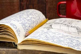 Buch, schreiben, Schreibwerkstatt, Graz, Malen und Gestalten, innere Kraft, Bilder, Graz, Astis Schrag