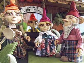 (Quelle: http://www.bernstengels-marionetten.de)