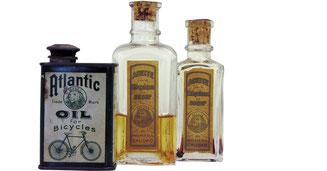 Bei den historischen Öl-Flaschen brauchte es ein sensibles Händchen zur Dosierung.