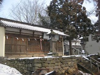 滋野神社(海善寺)の拝殿