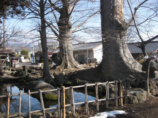 鯨石の噴水