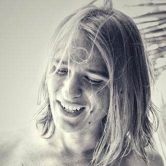Jannis Riebschläger Porträt Meer Italien Strand Ancona Jannis' Life