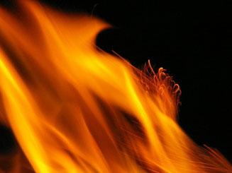 Huna Vita - Agnihotra - Feuer Ritual. Bei der Energetikerin Maria Schlömicher, Niederösterreich, Kuffern