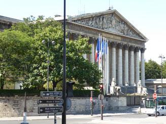 Bild: Die Nationalversammlung in Paris