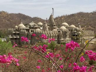 Bild: Tempel von Ranakpur in Rajasthan in Indien