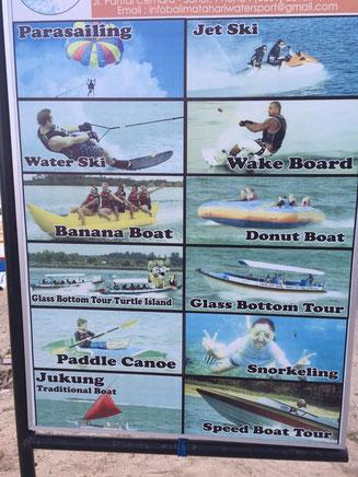 Bild: Plakat mit den verschiedenen Sportarten in Sanur auf Bali