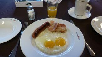 Bild: Unser Frühstück an Board