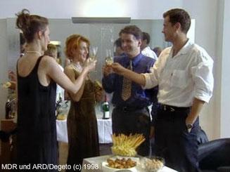 Maia, Pia. Roland und Achim bei Pias Saloneröffnung