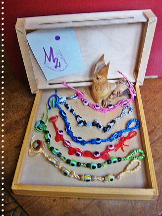 Bracelets with greekeye pearl  - 8.00 Euro