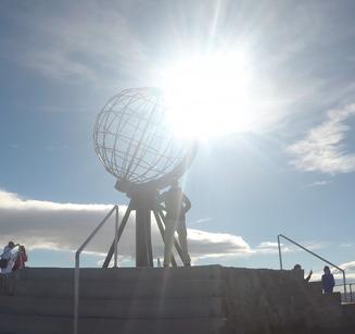 Nordkap Globus stolz Jannis Riebschläger Ziel erreicht
