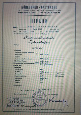 """Diplom """"Hygiene, Zahnarzthelferin"""" von Birgitta Kuhlmey, 1970"""