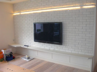 40インチテレビ 壁面取付