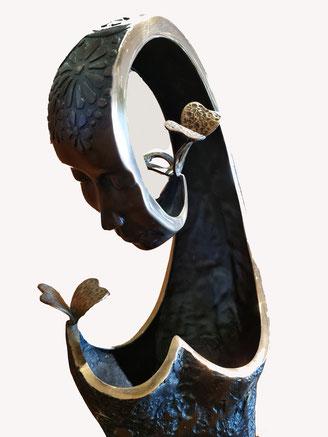 La dame aux papillons, bronze sculpture Jean-Louis Landraud