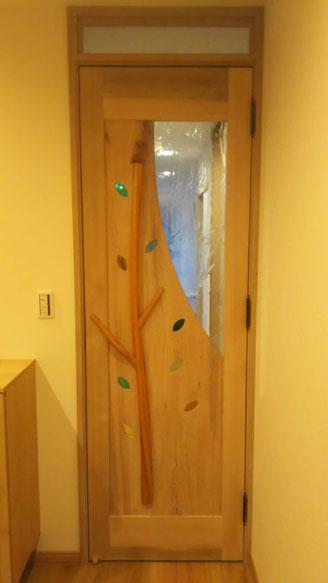 木製室内ドア かわいい