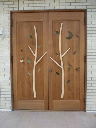 玄関ドア 木製 小鳥 かわいい