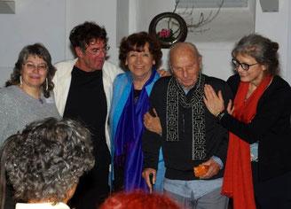 im Bild von li: Veronika Karl, Harald Homberger, Helga Simon-Wagenbach, Willigis Jäger, Doris Karner-Klett