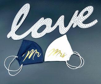 MR. &MRS Maske gefertigt in unserer Manufaktur, gerne auch aus dem Stoff deines Brautkleides