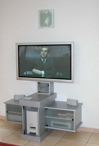 Meuble télé avec home cinéma