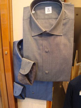 Camicia Oxford tinta unita con interni in contrasto - Vari colori