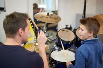 Ringo Studios Uli Göhring mit Schüler