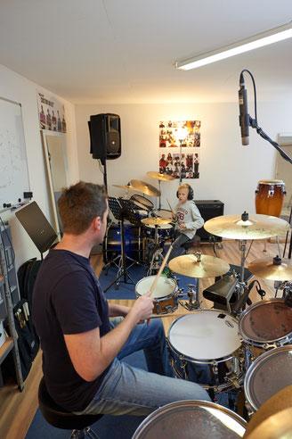 Uli Göhring unterrichtet in den Ringo Studios