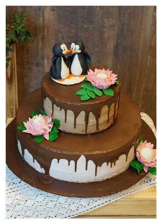 Hochzeitstorte, Wedding cake, Marzipanrosen, Marzipanblüten, Marzipandecke weiß, Marzipanzauber