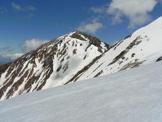 最後に蓮華岳の姿を一枚。夏はコマクサがいっぱいです。
