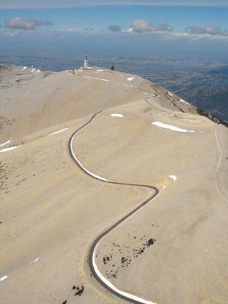 der Wind umtoste Mont Ventoux 1909 m