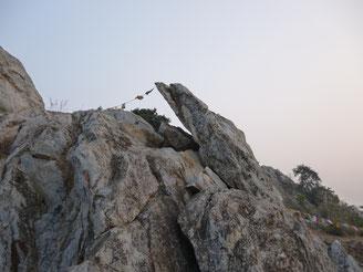 インド霊鷲山の山頂