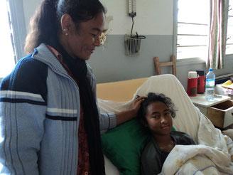 Mère et enfant bénéficiaries d'un mutuellé de santé à Antananarivo, Madagascar