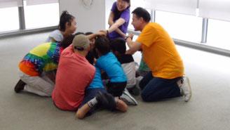 キャンプ:「ETM」「アート」そして「お話」を通して大人と子どもが一緒に楽しむプログラム