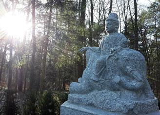 Buddhistischer Friedhof Dresden Bild: Susann Wuschko