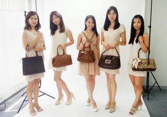 ブランド買取販売SHOP「銀蔵」オンラインマガジン9月号の撮影風景