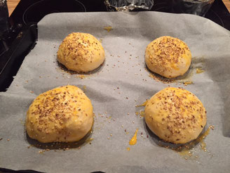 einfache franzoesische Butter Brioche Grundrezept