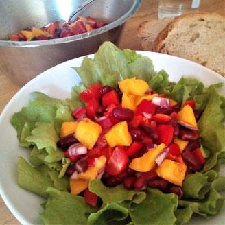 Bohnen-Mango-Salat