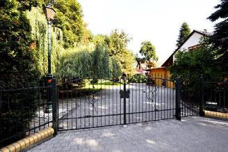14797 Kloster Lehnin, Außergewöhnliche Immobilie mit Gästehaus umgeben von viel Natur