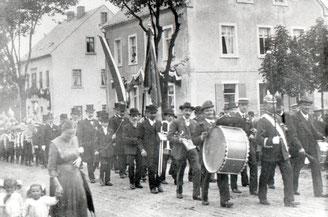 Bild: Blaskapelle Wünschendorf 1900