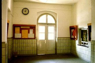 Bild: Wünschendorf Bahnhofshalle 1995 Reifland Wünschendorf