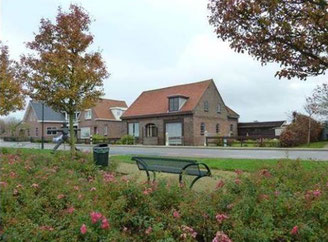 slapen in Oostvoorne, zakelijk overnachten Oostvoorne,Slapen overnachten Oostvoorne.Vakantiehuisje aan zee, B&B Oostvoorne. Westvoorne