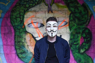 Requisiten und Masken für Friedrichshafen