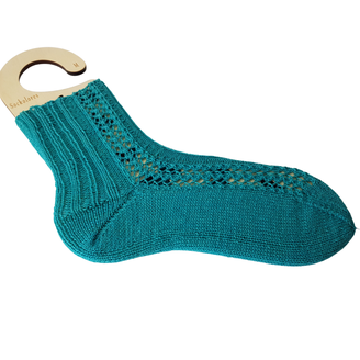 "Muster: ""Lace Panel Socks"", Designerin: Patternwriter"