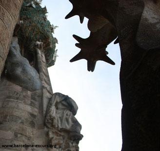 Песчаник Монжуика - строительный материал для Храма Святого Семейства в Барселоне