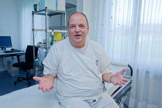 Ralp Pfeifer im Schmerzzentrum Interlaken.