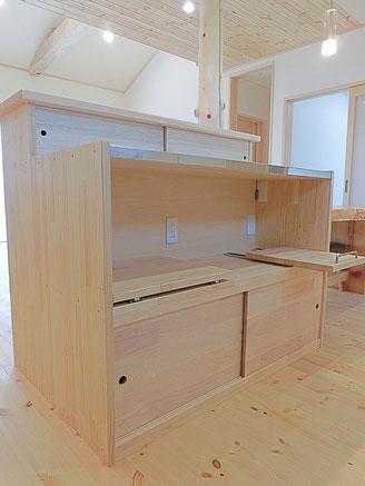 オーダーキッチン、木の家具、造り付け家具、家具のいらない木の家