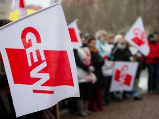 Die Gewerkschaft Erziehung und Wissenschaft (GEW) ist alles andere als zufrieden mit dem Tarifabschlusses im öffentlichen Dienst. Foto: Marc Tirl