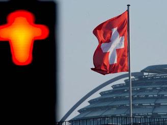 Schweiz veröffentlicht Steuer-Verdächtige im Internet. Foto: Maurizio Gambarini/Archiv
